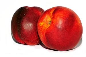 אפרסק או נקטרינה